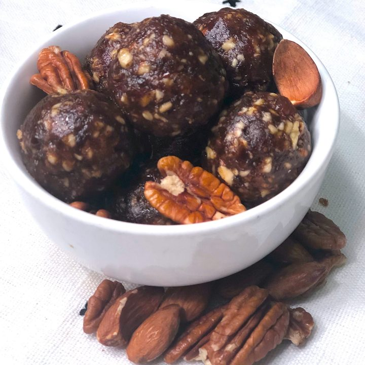 Easy Whole30 & Paleo Approved Date & Nut Snack Bites