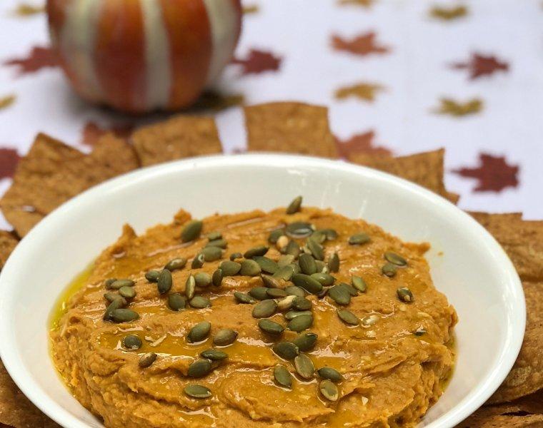 Easy Vegan White Bean Pumpkin Dip with Chipotle