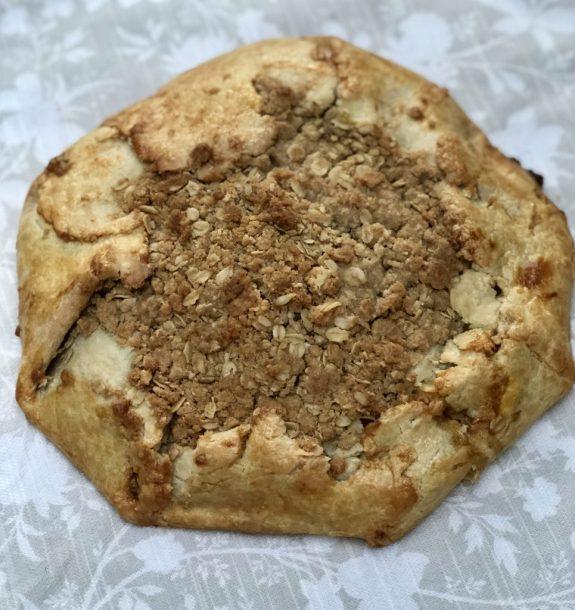 apple & pumpkin butter crostada with oat crumble