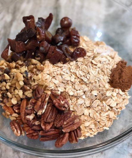 date nut and oat gluten free pie crust
