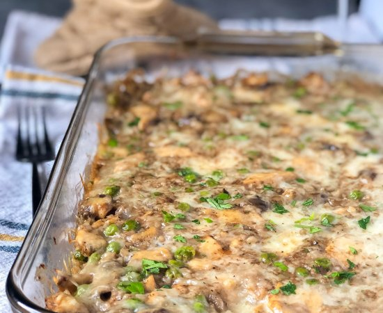 Cheesy Balsamic Chicken Cauliflower Rice Casserole