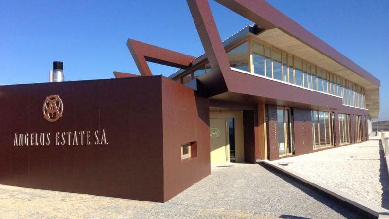 """""""Анжелус Естейт"""" (Angel's estate) гони признание за перла на българското винарство"""