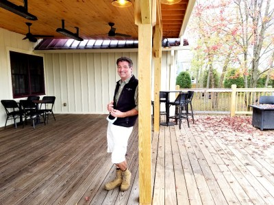 """White Horse Winery owner, Brock J. Vinton II (aka """"BJ""""), Wine Casual"""