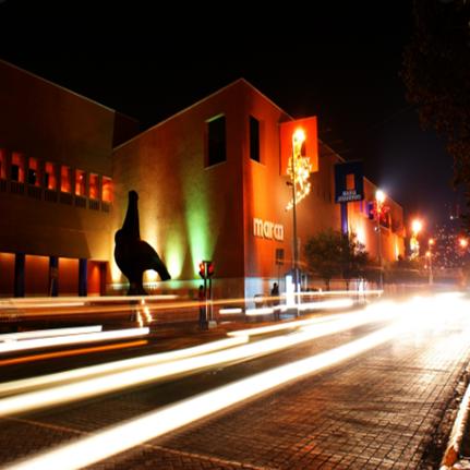 El museo MARCO de noche es divino