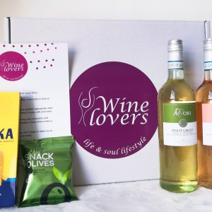 www.wineloversbox.co.uk-summer-subscription-box