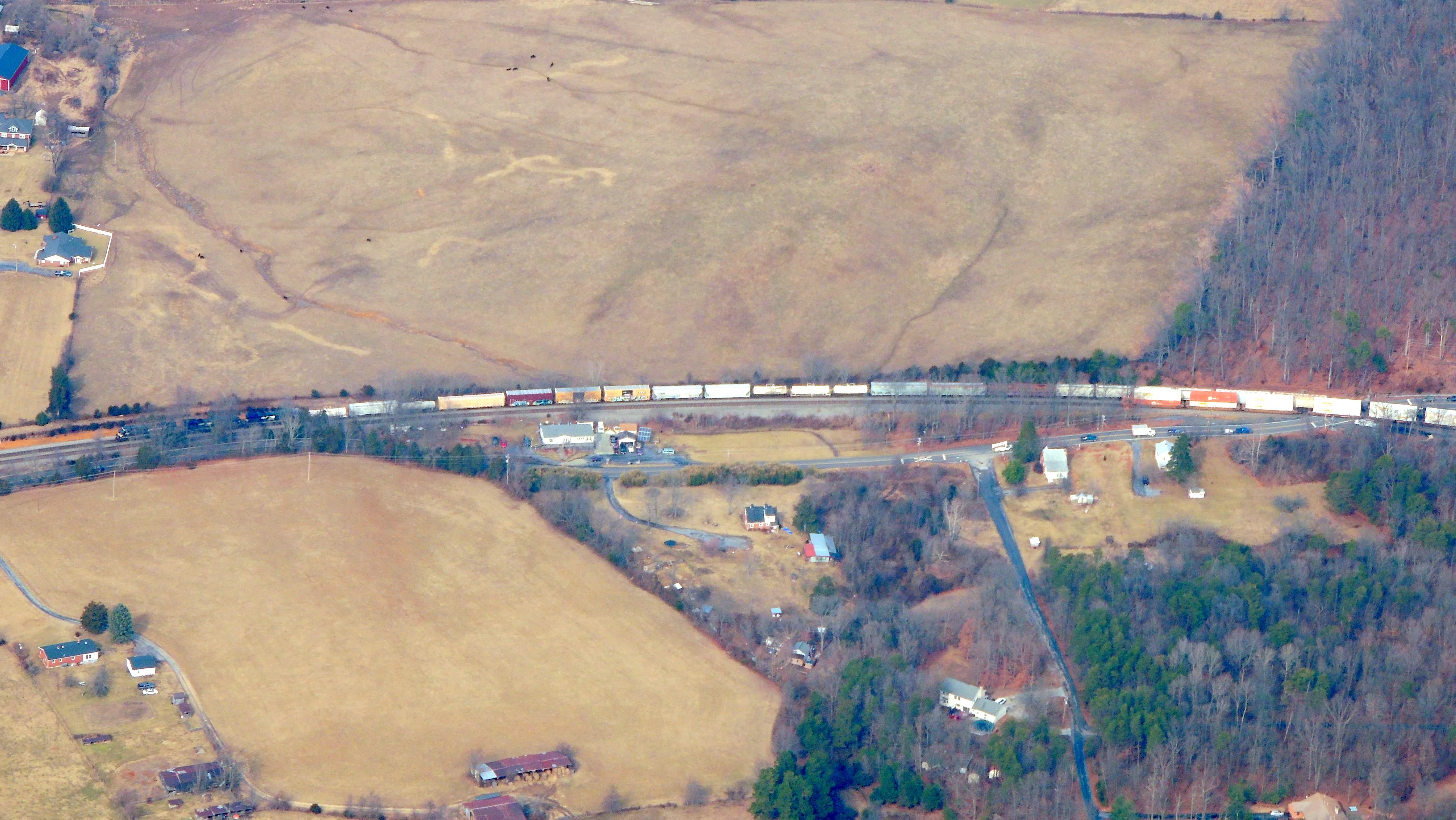 Train near Front Royal VA