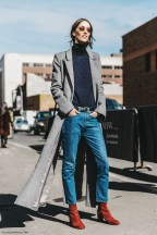 nyfw-new_york_fashion_week-fall_winter-17-street_style-model-grey_long_coat-jeans-2