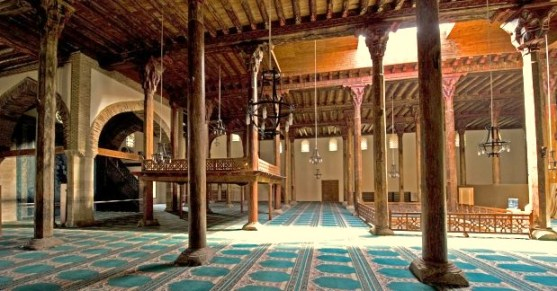 Inteerior de la mezquita de Esreoglu