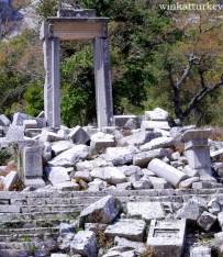 Restos del templo de Hadriano