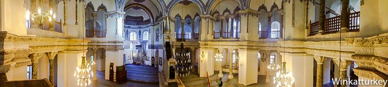 Panorámica interior de la pequeña Santa Sofía