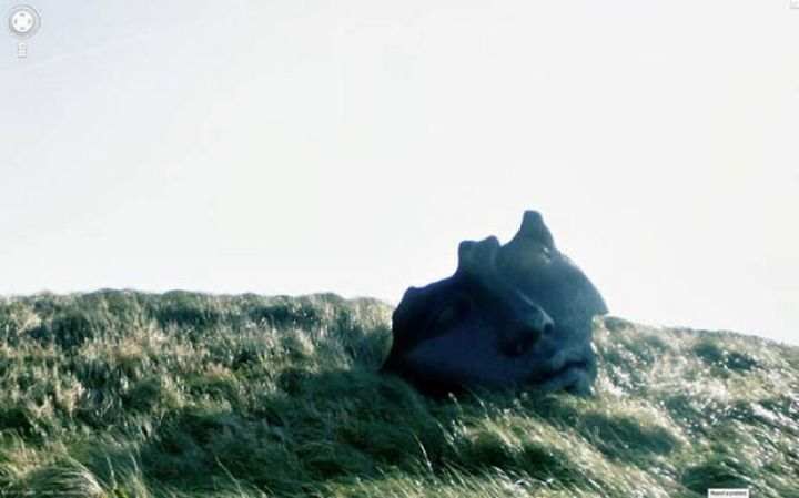 25 Weird Things Found on Google Maps - Why is there a huge face sculpture on a hill?