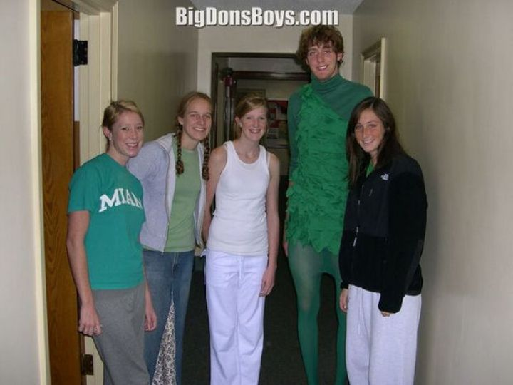 27 Tall People Problems Only Tall People Have - Everyone expects you to be the 'Green Giant' at Halloween.