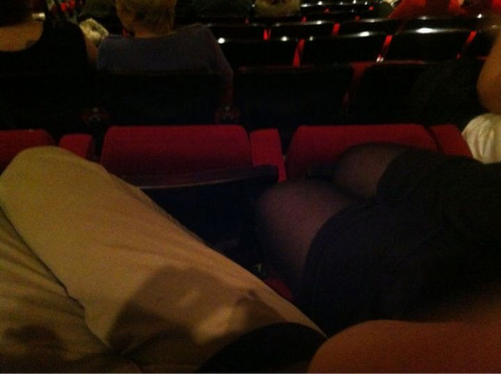 27 Tall People Problems Only Tall People Have - Going to the movies isn't as comfortable as it used to be.