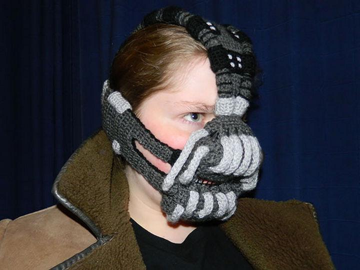 21 Crocheted Winter Hats - Crocheted Bane Mask.