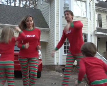 XMAS JAMMIES Is the Best Video Family Christmas Card Ever.