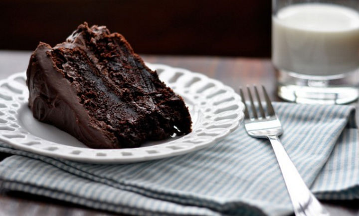 19 Chocolate Cake Recipes That Are Better Than Any Boyfriend - Moist chocolate cake.