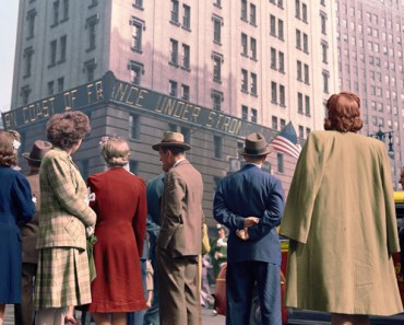 58 Colorized Photos from the Past.