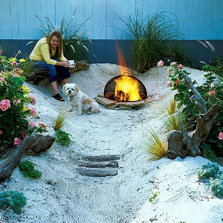 34 DIY Backyard Ideas for the Summer - Pretend you're always at the beach by turning your backyard into one.