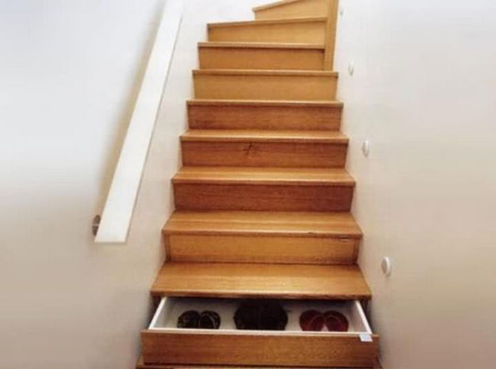 Store boots or shoes by building drawers inside the stairs - 37 Home Improvement Ideas