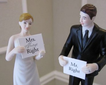 18 Cake Toppers for Wedding Cakes That Will Make You LOL