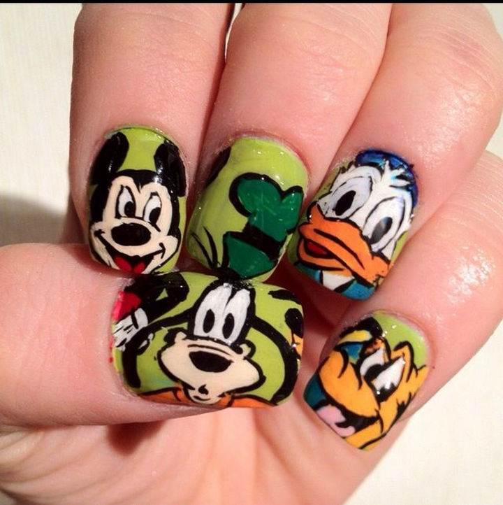 18 Disney Nails - Mickey Mouse, Goofy, Donald Duck, and Pluto.