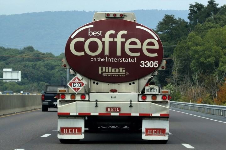 31 Funny Truck Signs - That is one massive pitcher of coffee!