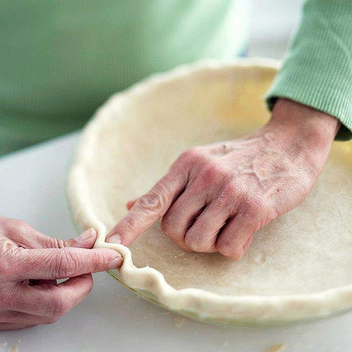 fluted pie crust design.