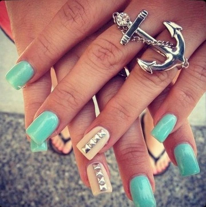 18 Green Manicures - Green nails with a nautical theme.