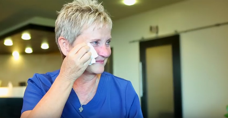 NICU Nurse Is Thanked by Families for Her Loving Care.