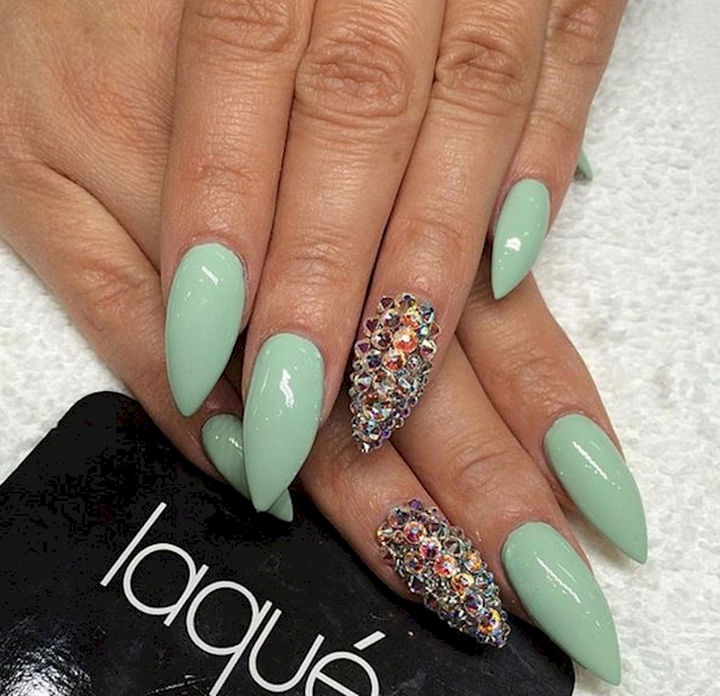 18 Beautiful Green Nails for Fall - Stunning Swarovski accent nails.