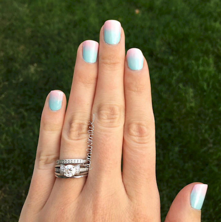 17 Cotton Candy Nails - Light and pretty cotton candy nails.