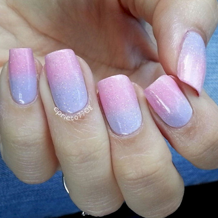 17 Cotton Candy Nails - Pretty cotton candy pastels.