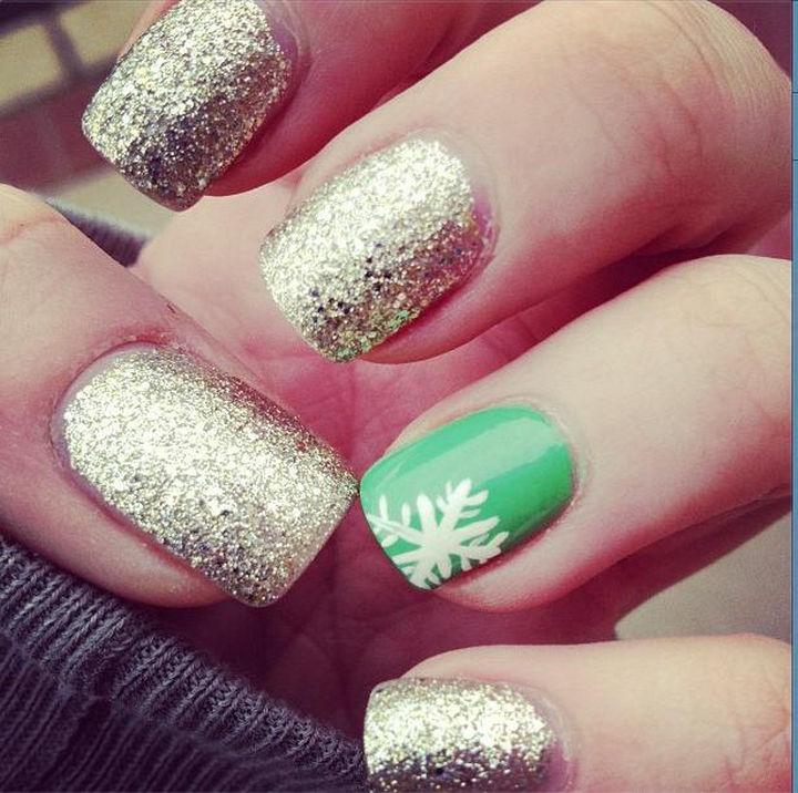 39 Winter Nails - Festive nails.