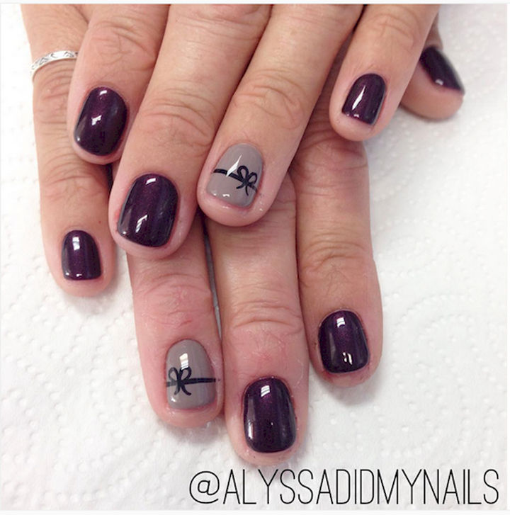 17 Bow Nail Art Designs - This mauve design is perfect for fall.