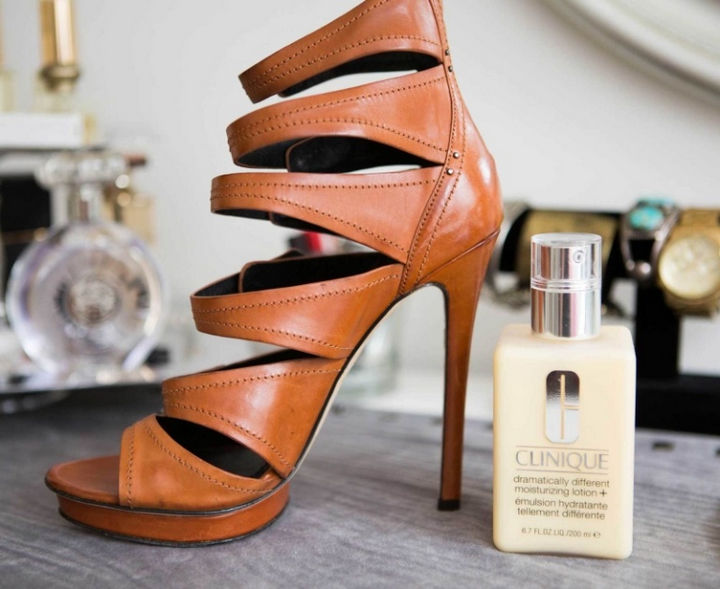 17 Brilliant Clothing Hacks - Make your leather shoes look new again by rubbing them with moisturizer.