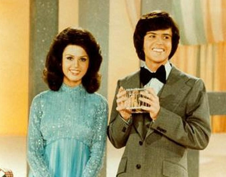34 Things If You Grew Up in the 60s or 70s - You always looked forward to watching Donnie and Marie's hit show.