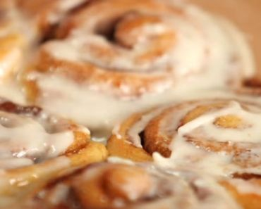 How to Make Deliciously Easy Cinnamon Rolls in Only 30 Minutes.