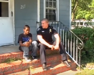 Cop Goes Beyond the Call of Duty and Gives Furniture to Family in Need.