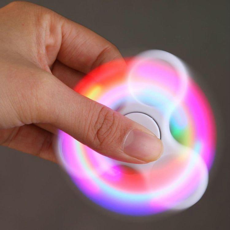 25 Best Fidget Spinners - AMA(TM) LED Light Fidget Hands Spinner.