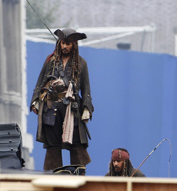 19 Famous Actors and Their Stunt Doubles - Johnny Depp.