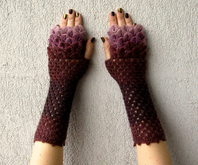 Whether you prefer one color or an array of colors, these dragon scale gloves look great either way.