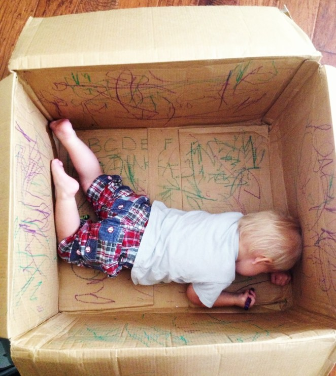 21 Best Mom Hacks - Give your kids an empty box and crayons and let their creativity take over.