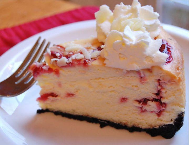19 Delicious Cheesecake Recipes - Cheesecake Factory's White Chocolate Raspberry Truffle Cheesecake.