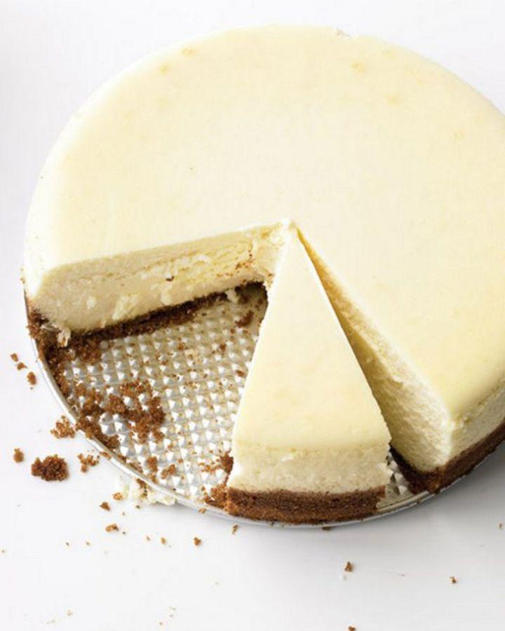 19 Delicious Cheesecake Recipes - Classic Cheesecake.