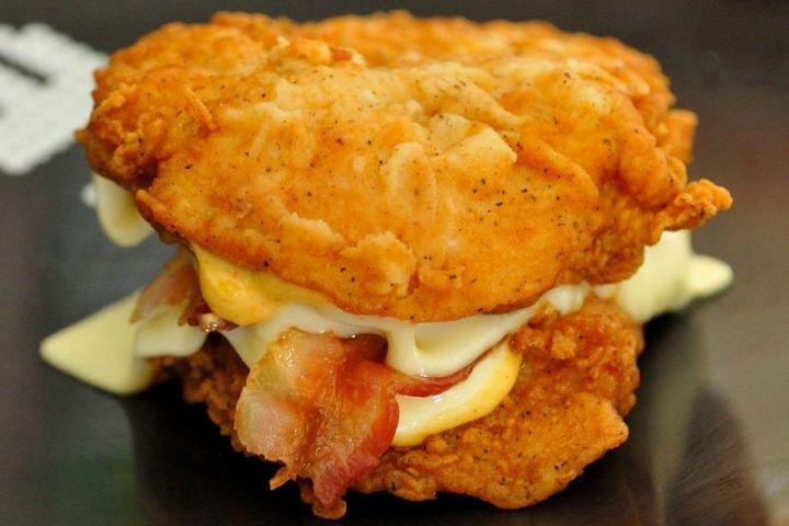 19 Ridiculous But Real Fast Food Items - KFC Double Down Sandwich.