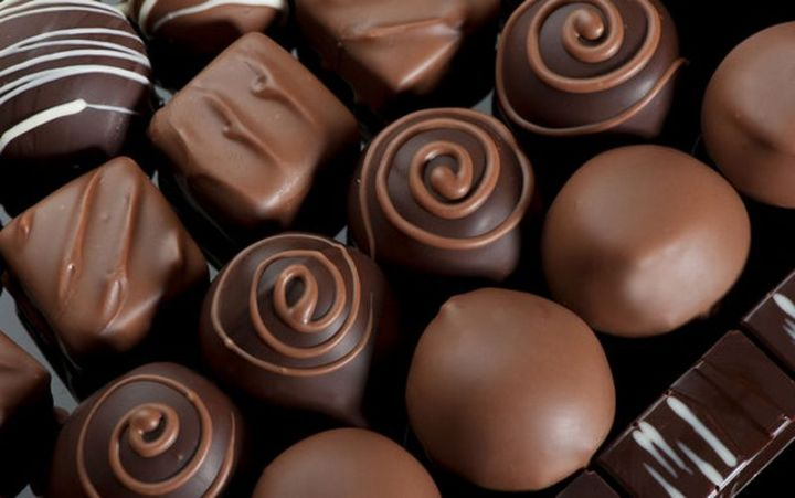 25 Facts About Chocolate - Chocolate helps control bacteria in your mouth and prevent tooth decay.