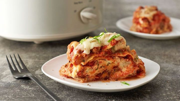 13 Crock-Pot Recipes - Easy Slow Cooker Lasagna.