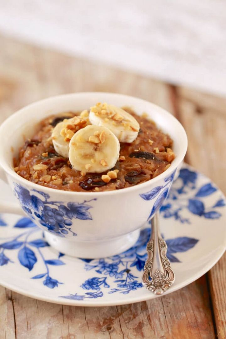 13 Delicious College Student Recipes - Breakfast Cookie in a Mug.