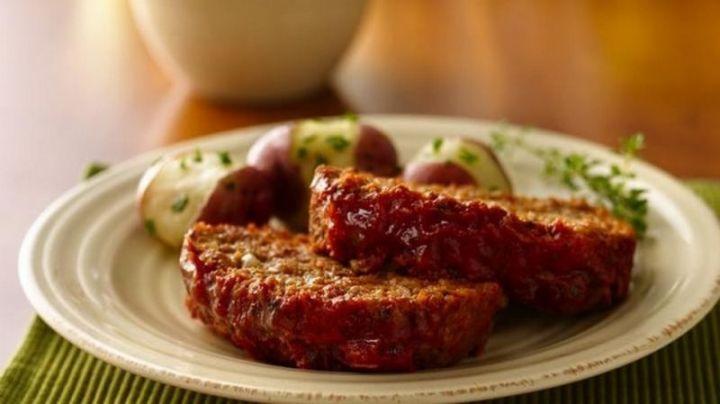 15 Meatloaf Recipes - Old-fashioned Meatloaf.