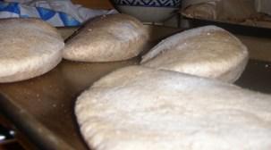 Looks like pita bread to me